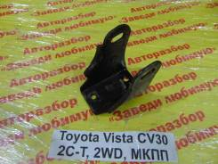 Кронштейн опоры двигателя Toyota Camry Toyota Camry 1992, передний