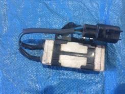 Резистор вентилятора охлаждения Toyota Corolla NZE121