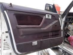 Обшивка двери. Toyota Crown, LS120, LS120G