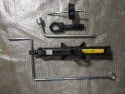 Домкрат инструменты Toyota Camry ACV30 2AZFE рестайлинг