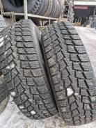 Kumho Power Grip KC11. зимние, шипованные, 2011 год, б/у, износ до 5 %