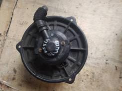 Моторчик печки Nissan Bluebird