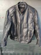 Продам кожаную мото куртку