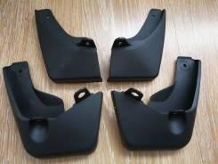 Брызговики Toyota Vitz 130 2010-2014гг (черные)