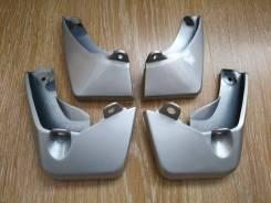 Комплект брызговиков Toyota Vitz 130 2010-2014гг (серебро)