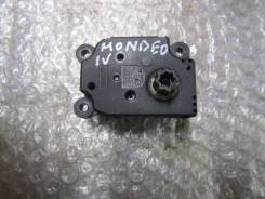 Моторчик заслонки отопителя Ford Mondeo IV 2007-2015 (3M5H19E616AB)