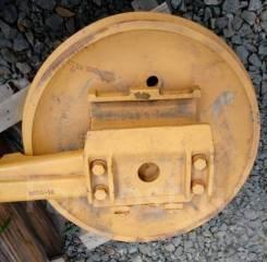 Ленивец 154-30-00290 D85A-12 idler во Владивостоке