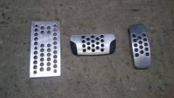 Накладки на педали (оригинал, цена за комплект) Infiniti FX35 FX45