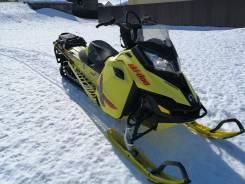 BRP Ski-Doo Summit X163 800R, 2015