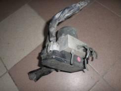 Блок управления АВS Toyota Grand Hiace VCH10 б/у 44050-26020
