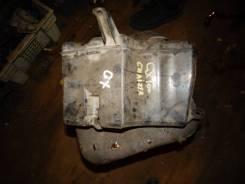 Бачок стеклоомывателя. Toyota Crown, GBS12 Toyota Mark II, GX100, GX105, GX90, JZX100, JZX101, JZX105, JZX90, JZX91, JZX93, LX100, LX90, SX90, JZX90E...