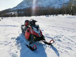 BRP Ski-Doo Summit SP, 2015