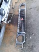 Продам решетку радиатора+окантовки фар R/L на MMC Pajero