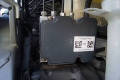 Блок АБС Chrysler Pacifica P68222745AG