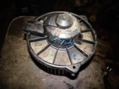 Моторчик печки на Toyota Noah SR50 87103-22120