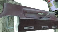 Пластиковая пань салона LH107 3L Toyota Hiace, правая