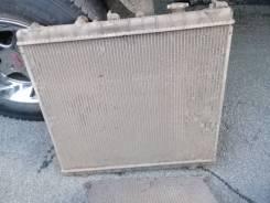 Продам радиатор охлаждения на Mazda Bongo Friendee