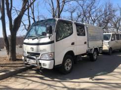 Toyota ToyoAce. Продам двухкобинный грузовик Toyota Toyoace, 2 500куб. см., 1 655кг., 4x4