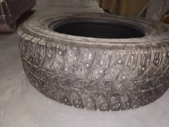 Bridgestone Ice Cruiser 7000. зимние, шипованные, б/у, износ 40%