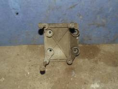 Кронштейн компрессора кондиционера Peugeot 206 1998-2012 [6453JT]