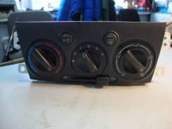 Блок управления печкой Mazda Premacy CP8W