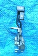 Ручка открывания багажника и бака Toyota 64606-12060