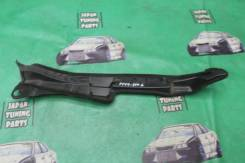 Защита крыла левая Toyota Corolla Fielder ZRE144