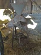 Зерно дробилка