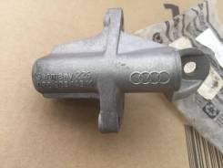 Кронштейн генератора 078903143K на Ауди 80/100/A4/A6 B4, C4, B5, C5