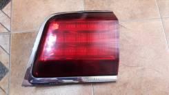 Оригинальный правый фонарь в крышку багажника Lexus LX 570 2007