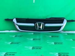 Решетка радиатора Honda CR-V 2004
