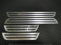 Накладки на пороги Toyota CH-R (4шт)