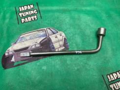 Ключ Автомобильный балонник на 21 Toyota Mark II jzx110 gx110