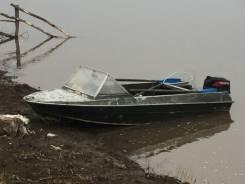 Продам лодку Крым лодочный мотор Техатсу 40