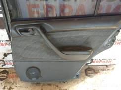Обшивка двери задняя правая Тойота Калдина 1995 год