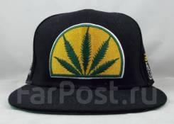 Кепка Cannabis