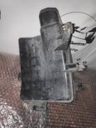 Резонатор воздушного фильтра нижний Nissan Murano PNZ50