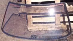 Стекло заднее Toyota Mark II LX81