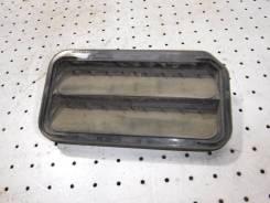 Решетка вентиляционная Cadillac SRX (2003-2009), 22702778