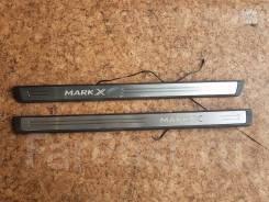Порожки накладки (пороги) светящиеся на Toyota Mark X Оригинал Япония