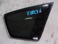 Стекло боковое заднее правое Toyota Voltz / Pontiac Vibe ZZE136