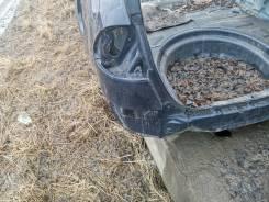 Задняя часть автомобиля. Тойота Авенсис
