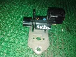 Клапан вакуумный Mazda Bongo SK82V F8