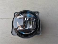 Фара противотуманная LED правая бу Япония