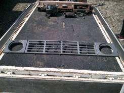 Решетка радиатора Nissan Safari