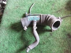 Продам Патрубок воздушного фильтра Toyota Ipsum 1996-2001 [1788074620]