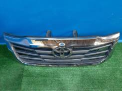 Решетка радиатора Toyota Hilux 7 ( 2011 - 2015 )