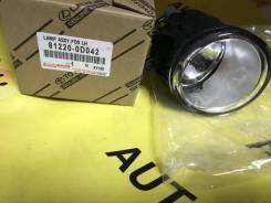 812200D042 Toyota Фара противотуманная