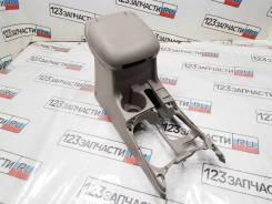Подлокотник в сборе Suzuki Grand Escudo ( XL7 ) TX92