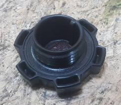 Крышка маслозаливной горловины 3S-5S/4A-7A/3C/4E/5E. Toyota